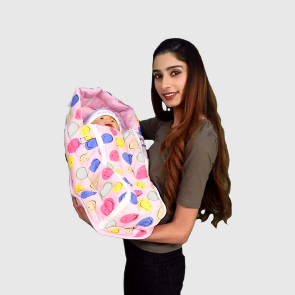 2-in-1 Feeding Quilt Covered Pillow